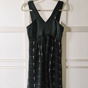 Express black & white dress